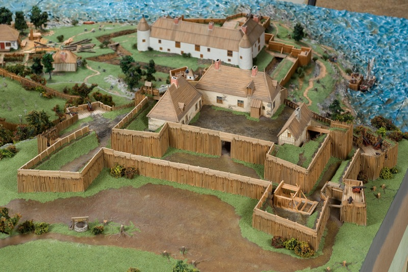 Which City Is Home To Le Fort Saint Louis