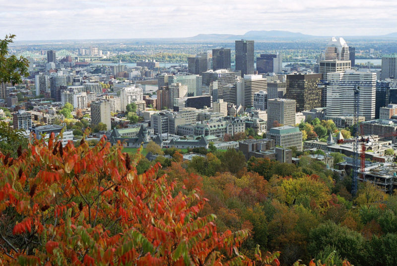 Montreal (QC) Canada  city images : The Mont Royal summit has a | Goo