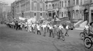 Children participating in the Saint-Jean-Baptiste parade in Montreal, 1945, BAnQ