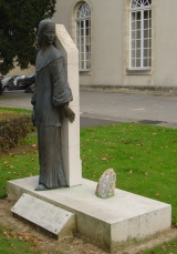 Statue of Catherine de Saint-Augustin in Bayeux (E. Thierry, 2007)