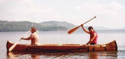 A birch bark canoe on Lake Timiscaming © Parks Canada