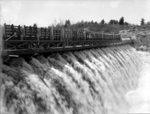 Lac Dubuc Dam on Rivière Chicoutimi [River] at Mill no 2 (Sainte-Marie Plant), circa 1908