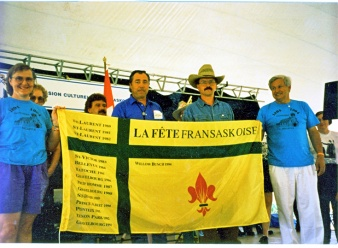 Fransaskois Flag with the names of all the communities that hosted the Fête Fransaskoise between 1980 and 1994.