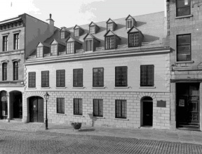 Papineau House façade. Photo taken after the restoration work, circa 1978
