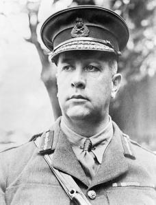 Le lieutenant-général Sir Arthur Currie, commandant du Corps  expéditionnaire canadien (1917-1919)