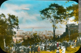 Crowd on Mount Royal watching the R-100 airship, Montreal, QC, 1930