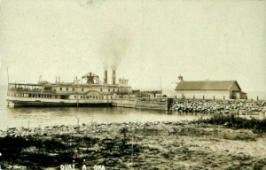 Steamboat Empress at Oka dock, around 1920