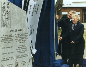 Day of mourning – the unveiling of the Moncton monument