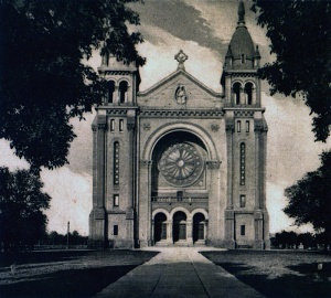 The third cathedral (1908–1968)
