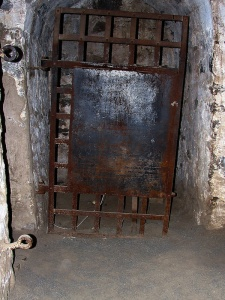 "The ""hole"" (isolation cell) at the old Trois-Rivières Prison"