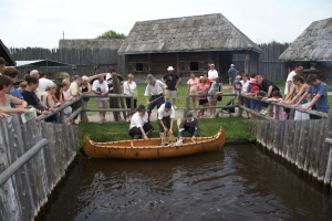 The arrival of a canoe at Sainte-Marie by way of the lock system