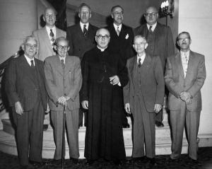 Nine founders of the secret society, the Commandeurs de l'Ordre de Jacques-Cartier, Ottawa, September 28,1952