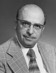 Paul Wyczynski, designated professor of the year, University of Ottawa, 1968